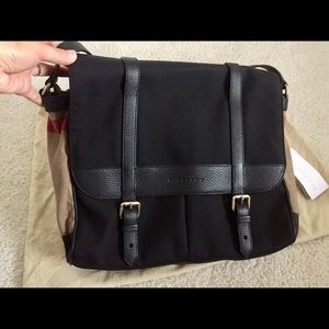 63acd42039f2 Burberry Bags - Nwt Burberry house check diaper bag